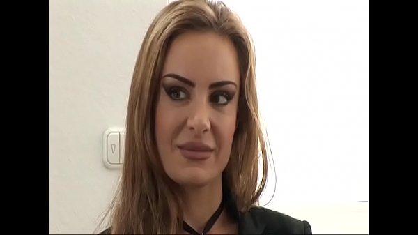 Hausfrau Alexa wird als Krankenschwester durch gefickt