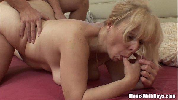 Stiefmutter GevöGelt