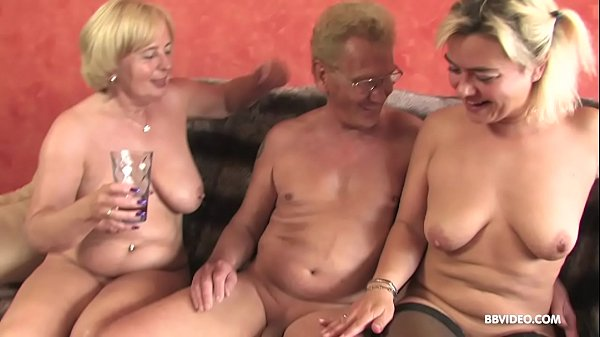 Reife Frauen Dreier