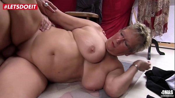 Die beliebtesten Videos von Tag: oma porno anal