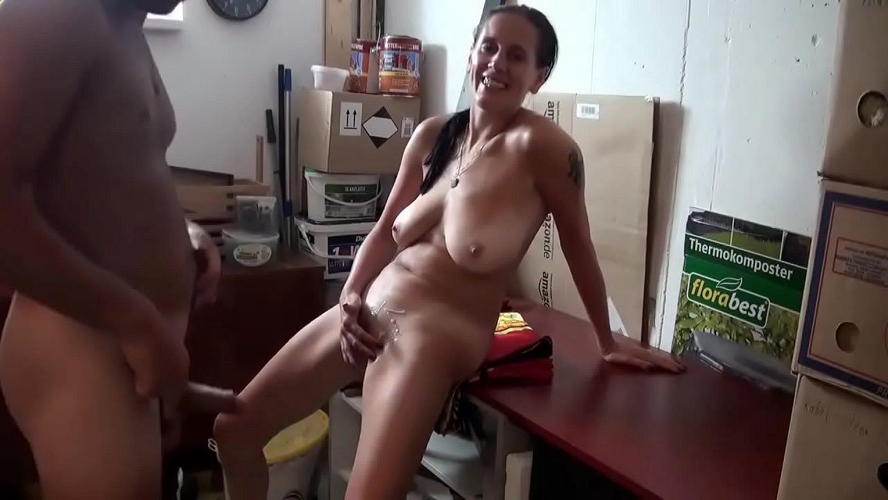 Nackte Frauen Mit Riesigen Titten